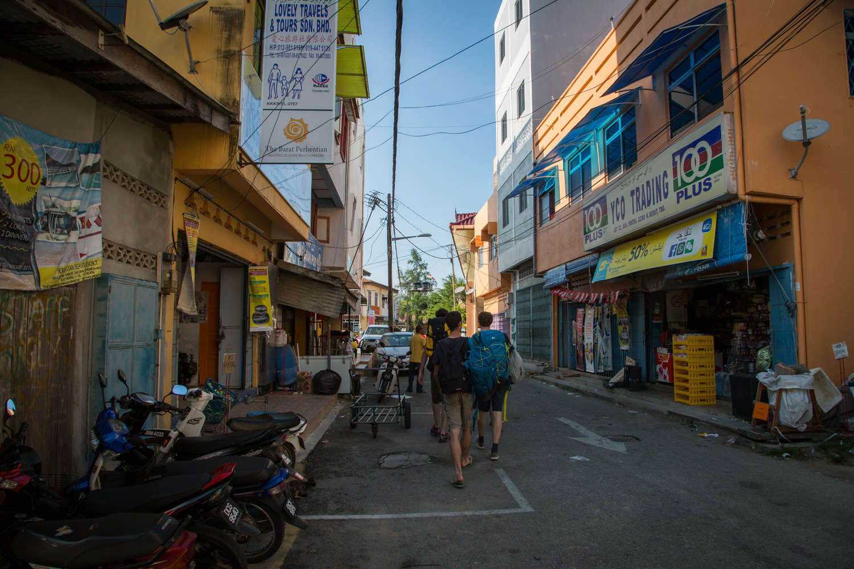 Rue Déserte à Kuala Besut