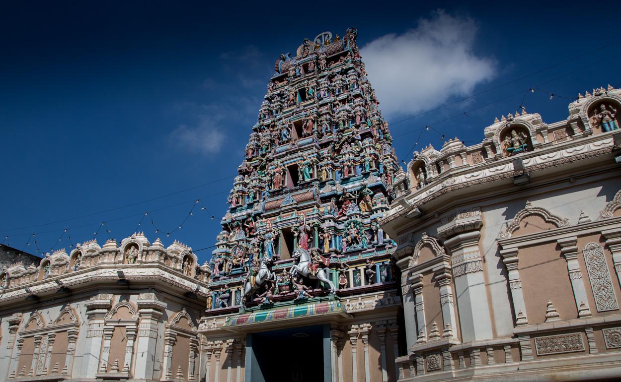 L'entrée Du Temple Sri Mahamariamman à Kuala Lumpur