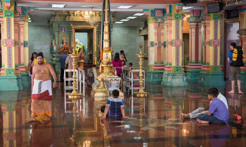 L'intérieur Du Temple Sri Mahamariamman à Kuala Lumpur