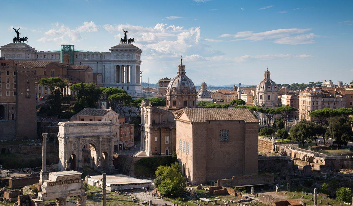 Vue Extérieure Sur Le Forum Romain à Rome