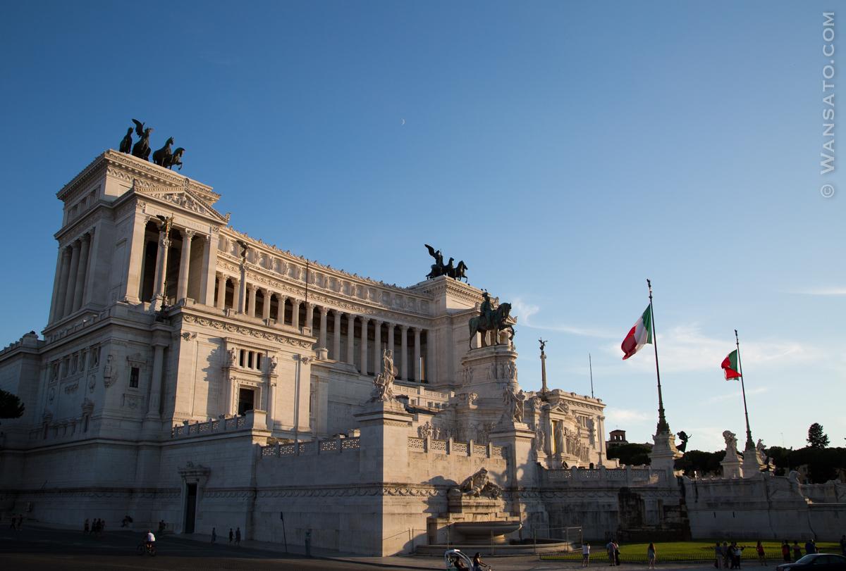Italie - Monument à Victor-Emmanuel II à Rome
