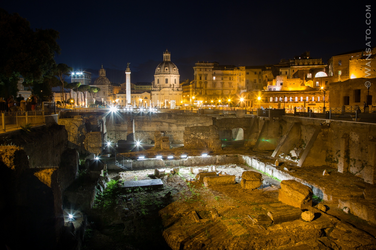 Italie - Le Forum De Trajan De Nuit