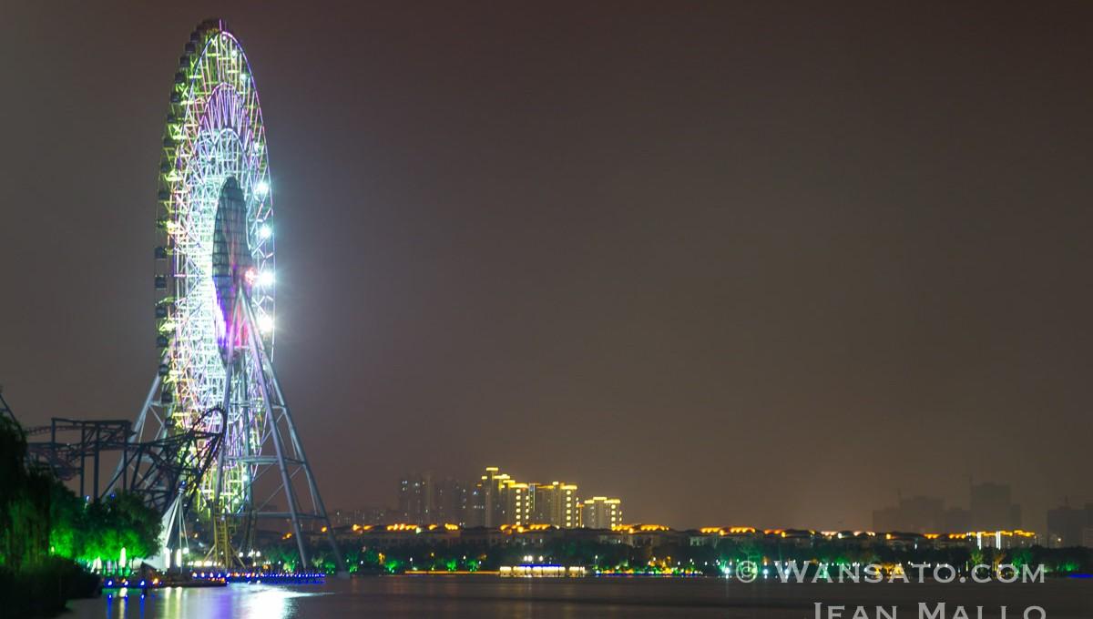 Chine - La Grande Roue De Nuit à Suzhou