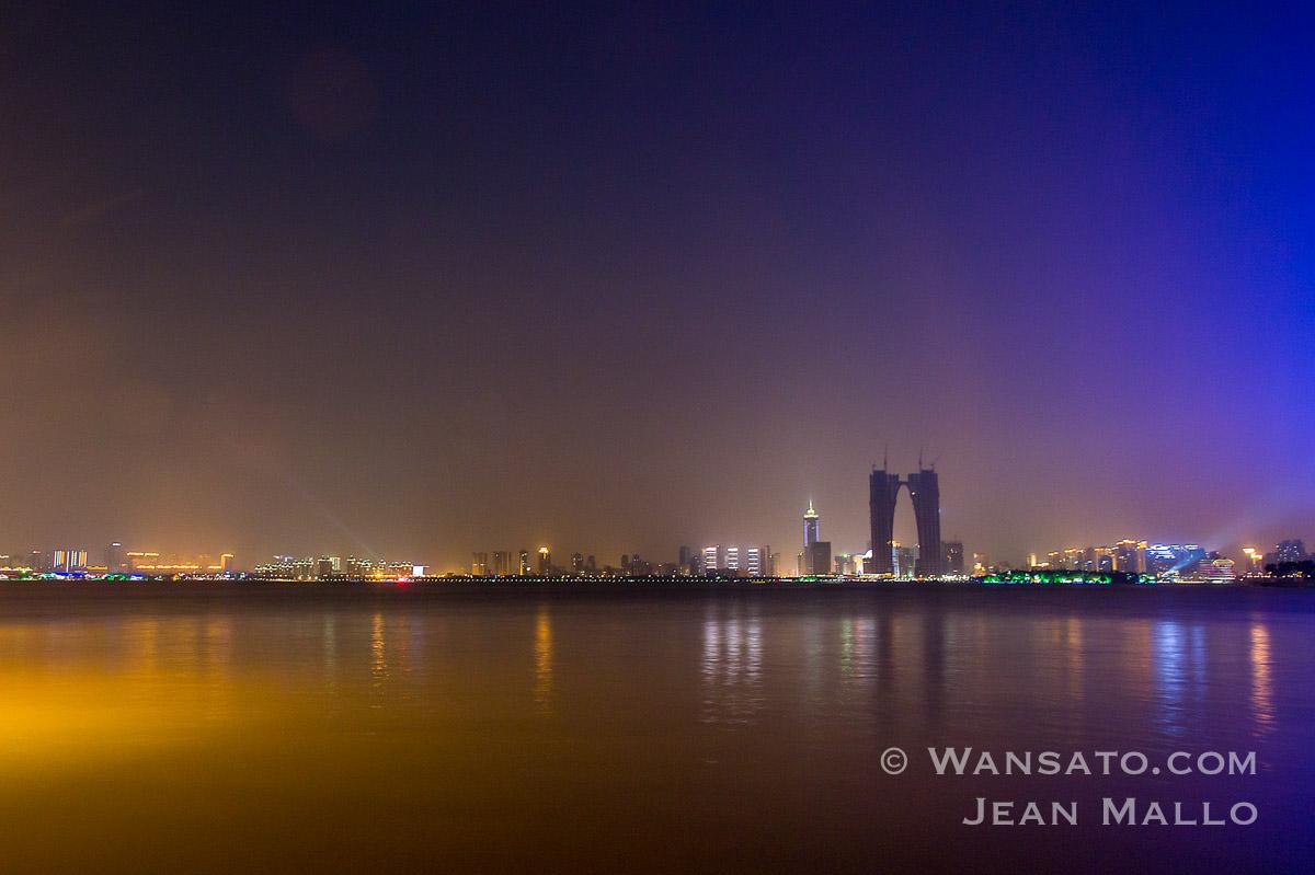 Chine - Le Lac Shihu De Nuit à Suzhou