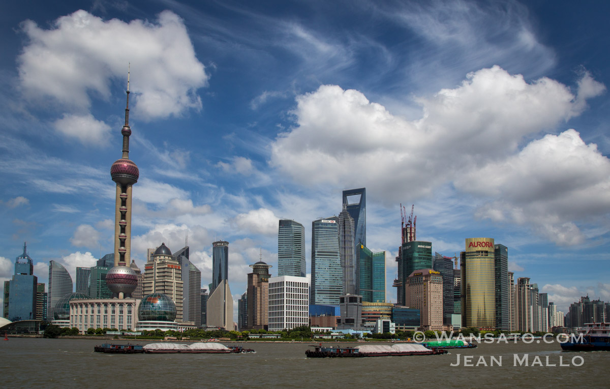 Chine – Shanghaï Entre Ciel Et Mer à Pudong En Images
