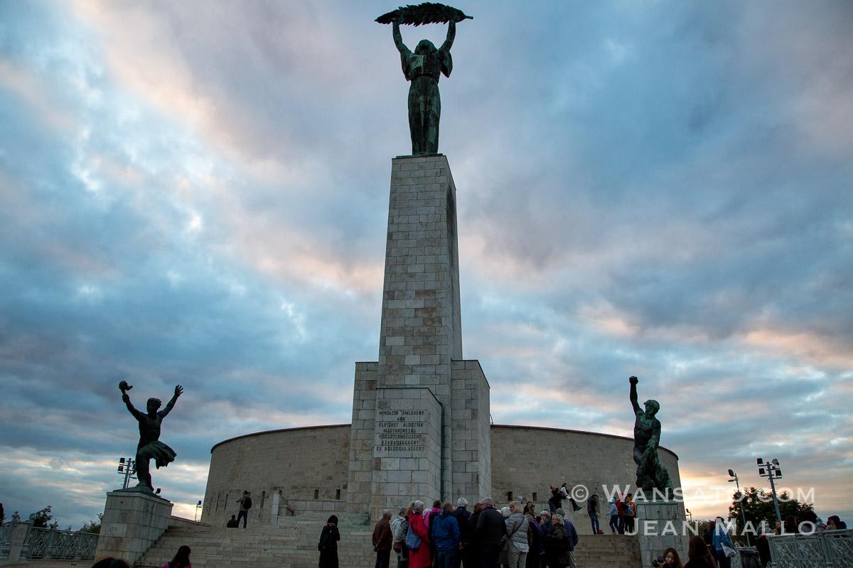 Budapest - La Statue De La Liberté