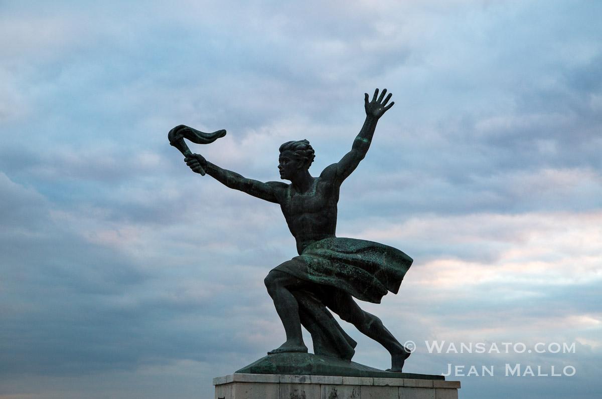 Budapest - Statue Au Sommet Du Mont Gellért-hegy