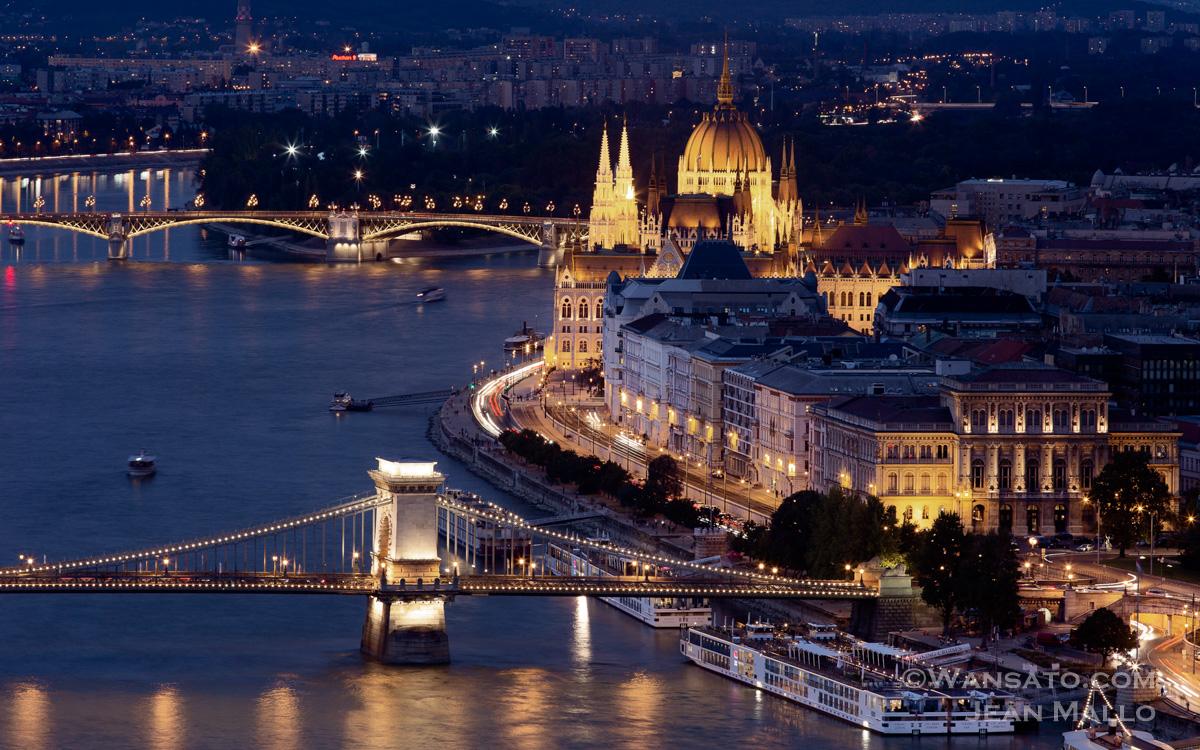 Hongrie – Budapest: Pest Vu De Buda En Image